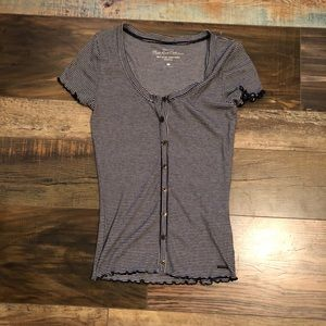 Hollister button down tops small